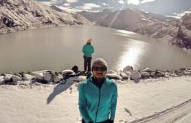 Randonnée d'hiver pour atteindre le Mattmarksee et la barrage de Mattmark