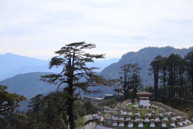 108 stupas col de dochula