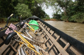 Les vélos sur la barque