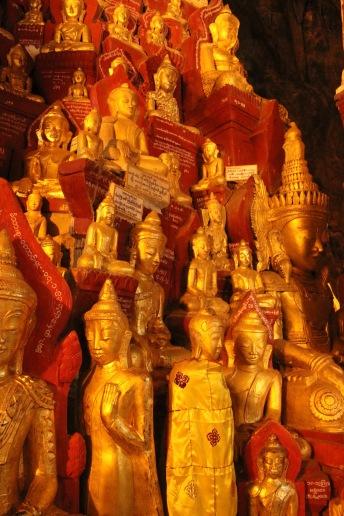 La grotte au 8000 bouddhas