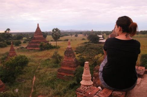 Julie et les temples de Bagan