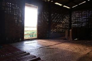 maison traditionnelle en bambou