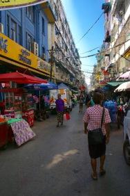 Ruelle de Yangon